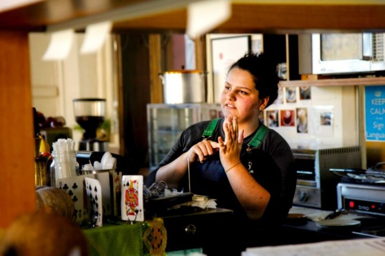 Starbucks to open sign language store
