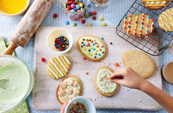 Sweet springtime baking recipes to try with your children this Easter